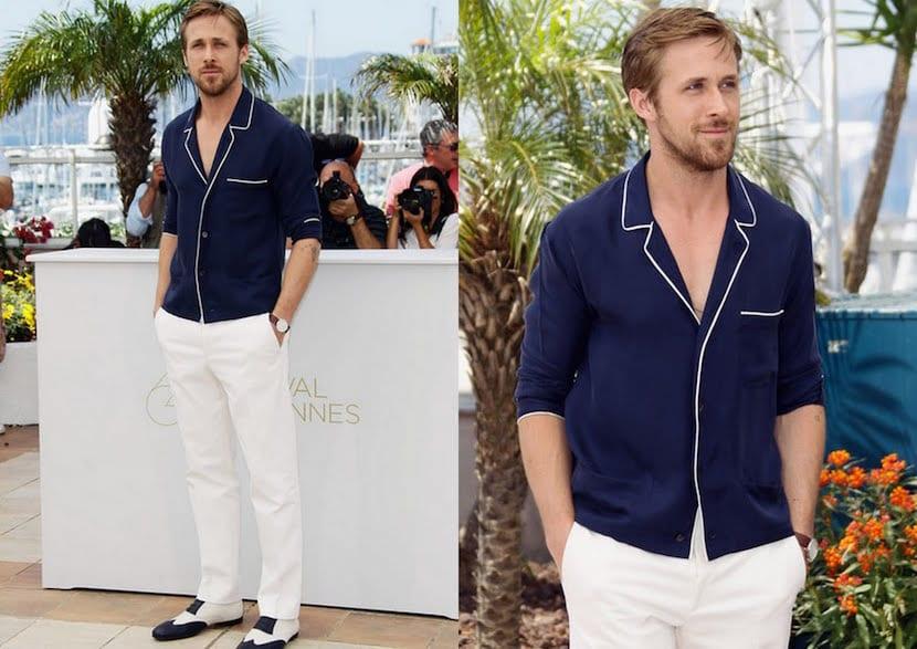 Pantalón blanco con camisa azul