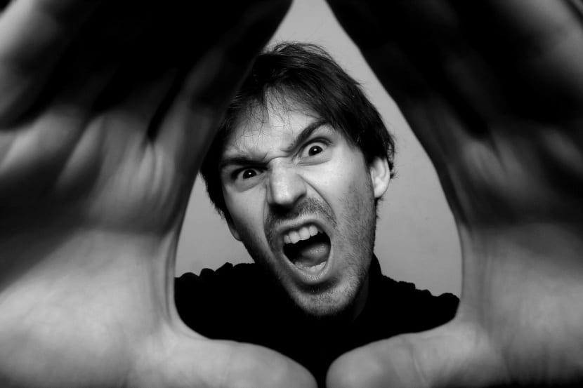 Hombe-enojado