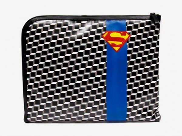 colette1 e1275341225839 Pierre Hardy se inspira en Superman para Colette