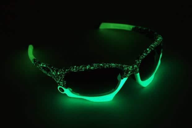 gafas que brillas en la oscuridad