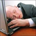 Dormido frente a la PC