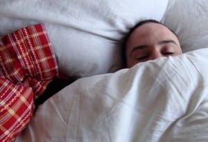 Dormido y abrigado