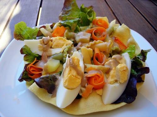 ensalada de pasta para comer rápido y sano