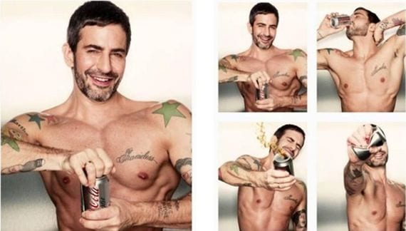 Marc Jacobs posa y diseña para Coca-Cola Light