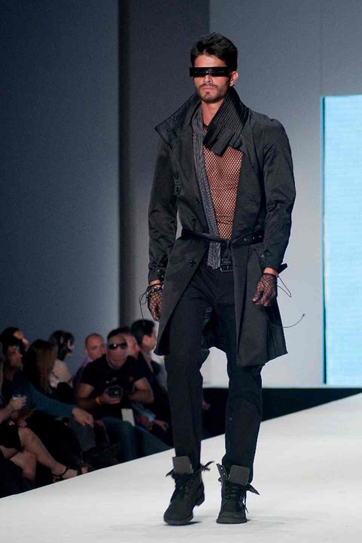 mens-fashion-military-scifi-2011-futuristic-summer