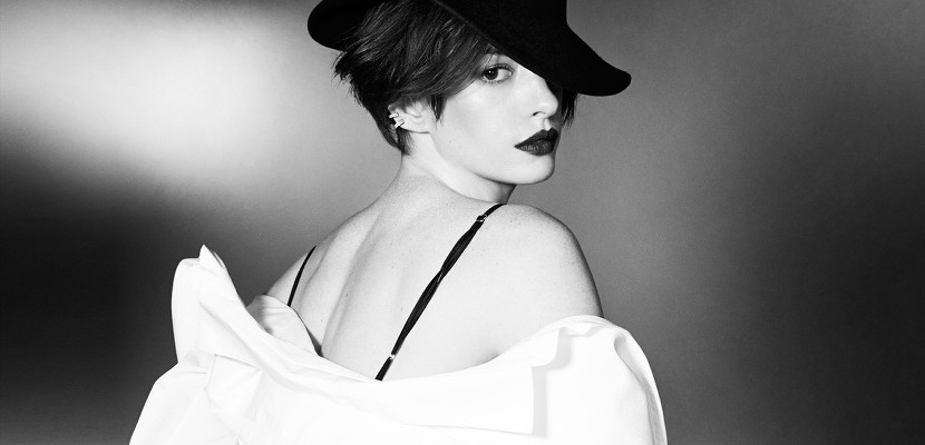Anne Hathaway con sombrero