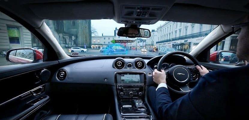jaguar-land-rover-360-virtual-urban-windscreen-transparent-pillar-technology_100494451_l