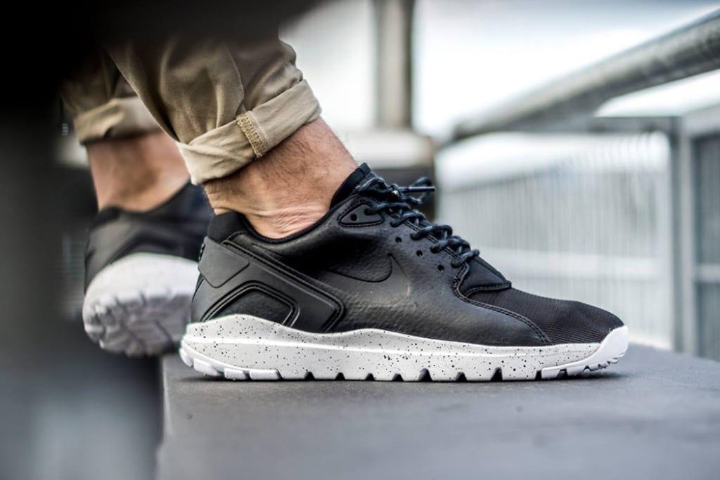 the best attitude 3e8cc 0dfd5 ... 8045111 nuevos modelos de zapatillas nike mujer 2015 89115d4a  Blanco y  negro los 0ceefcd siete modelos Nike que marcan tendencia 716e0865 ...