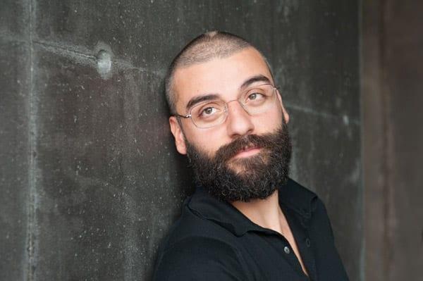 Oscar Isaac con barba