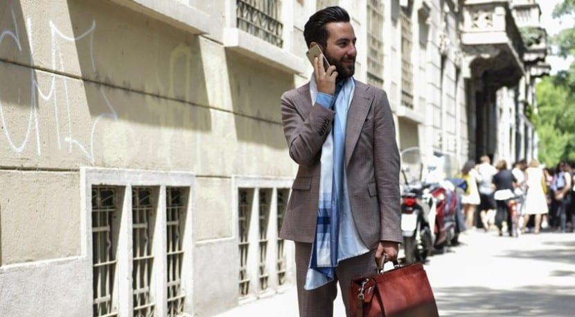 Street style: loosk con pañuelo