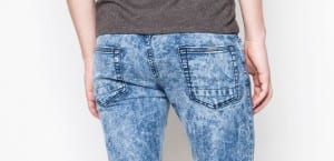 Jeans con lavado acid wash de Springfield