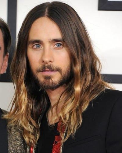 Jared Leto con el pelo largo