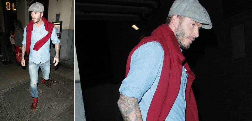 David Beckham con look doble denim