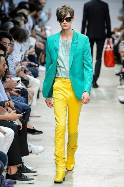 turquesa color de moda primavera 2016