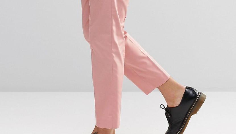 Chinos de color rosa
