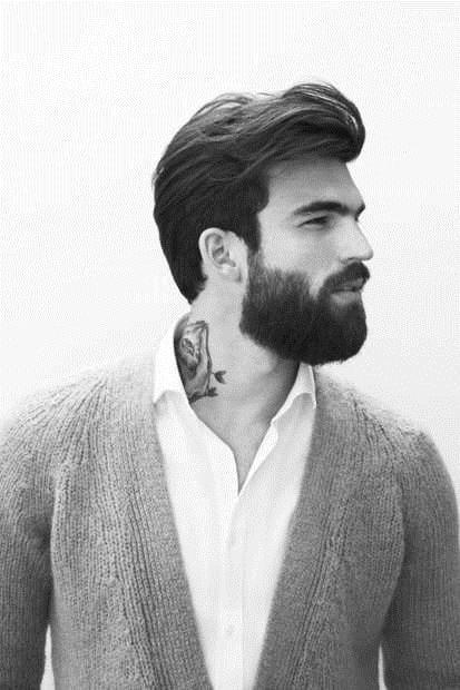 los clsicos tups o peinados pompadour aportan altura al rostro redondo por lo que lo favorecen este tipo de peinados con mucho volumen en la parte - Peinados Tupe Hombre
