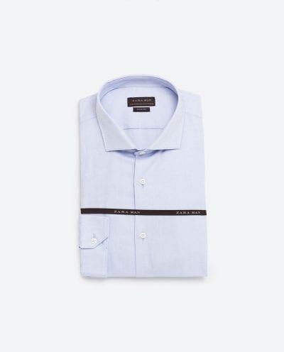 Camisa celeste de Zara