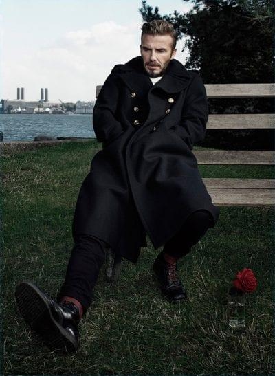 David Beckham con abrigo militar