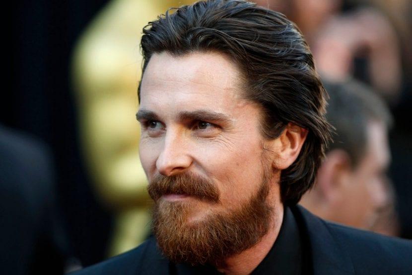 Barba con línea de mejillas baja
