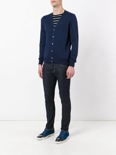 Cárdigan con jeans