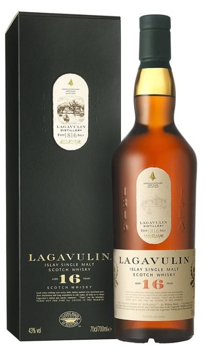 Botella de whisky escocés Lagavulin