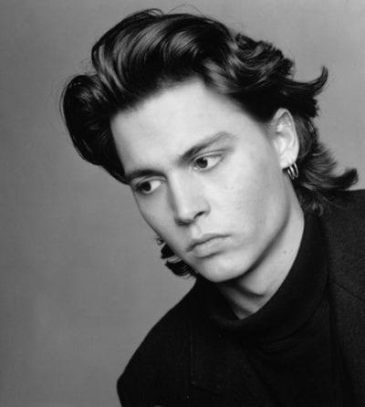 Johnny Depp con media melena