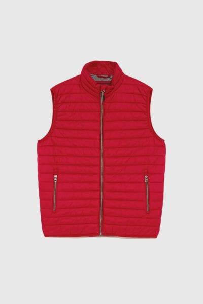Chaleco acolchado rojo de Zara