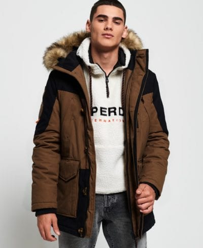 Parka color tabaco de Superdry