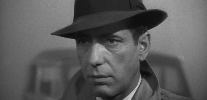 Humphrey Bogart con sombrero Fedora