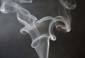 Humo de cigarrillo