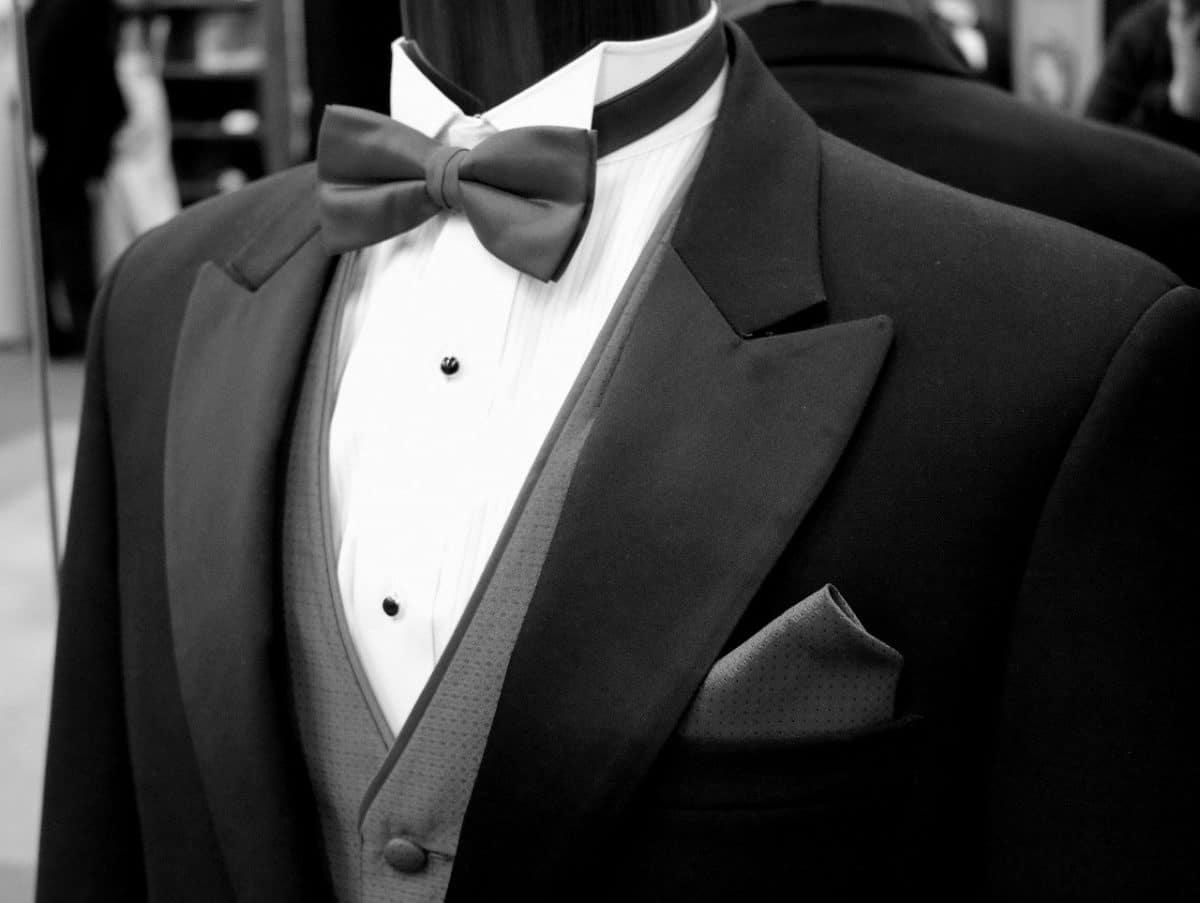 Cómo vestir para una boda de día
