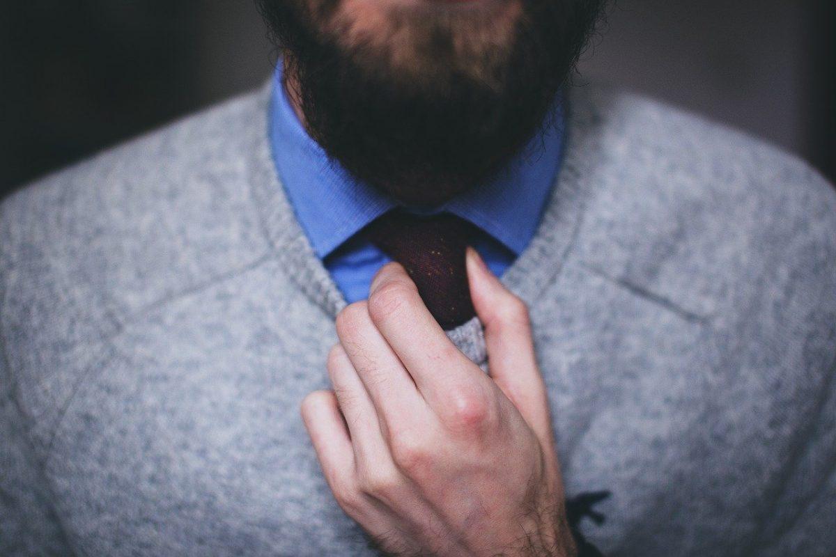 Tutorial para un nudo de corbata perfecto