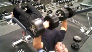 ejercicios de pecho con mancuernas press