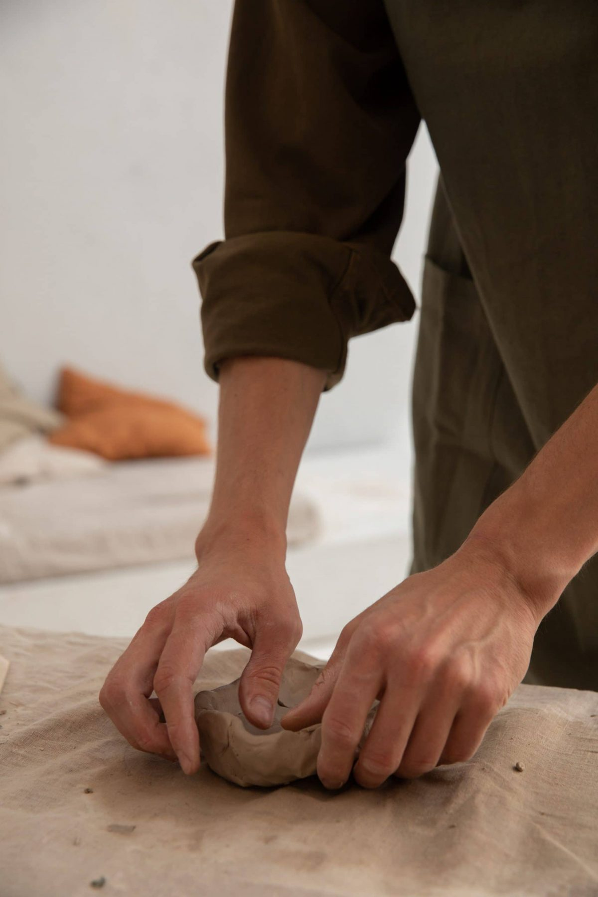 cuidar las manos y los pies de los hombres