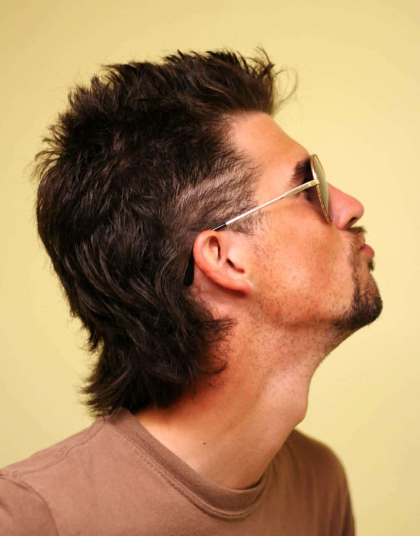 Peinados para hombres con entradas