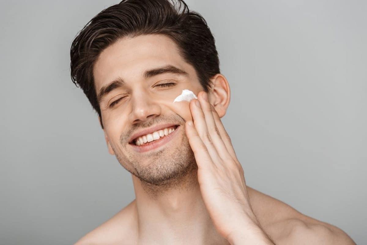 limpieza facial en hombres correcta