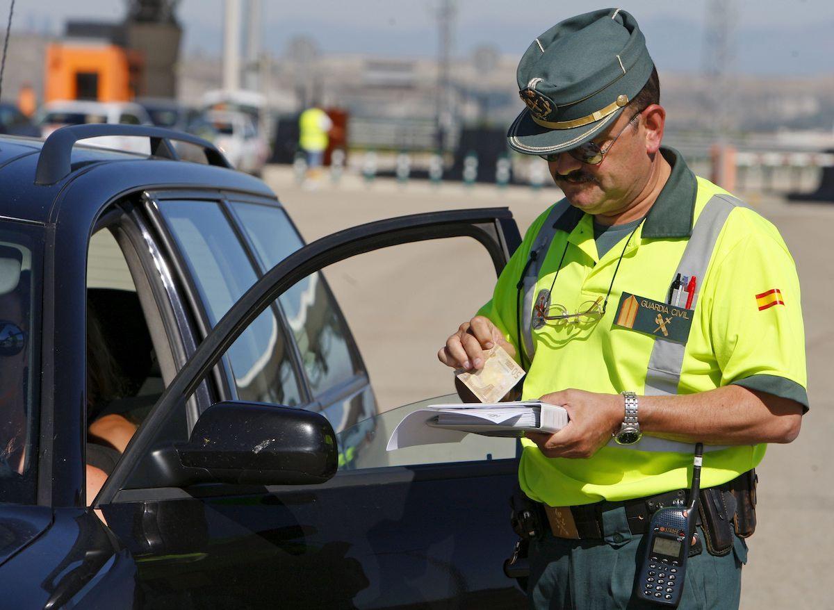 pagando multas de trafico
