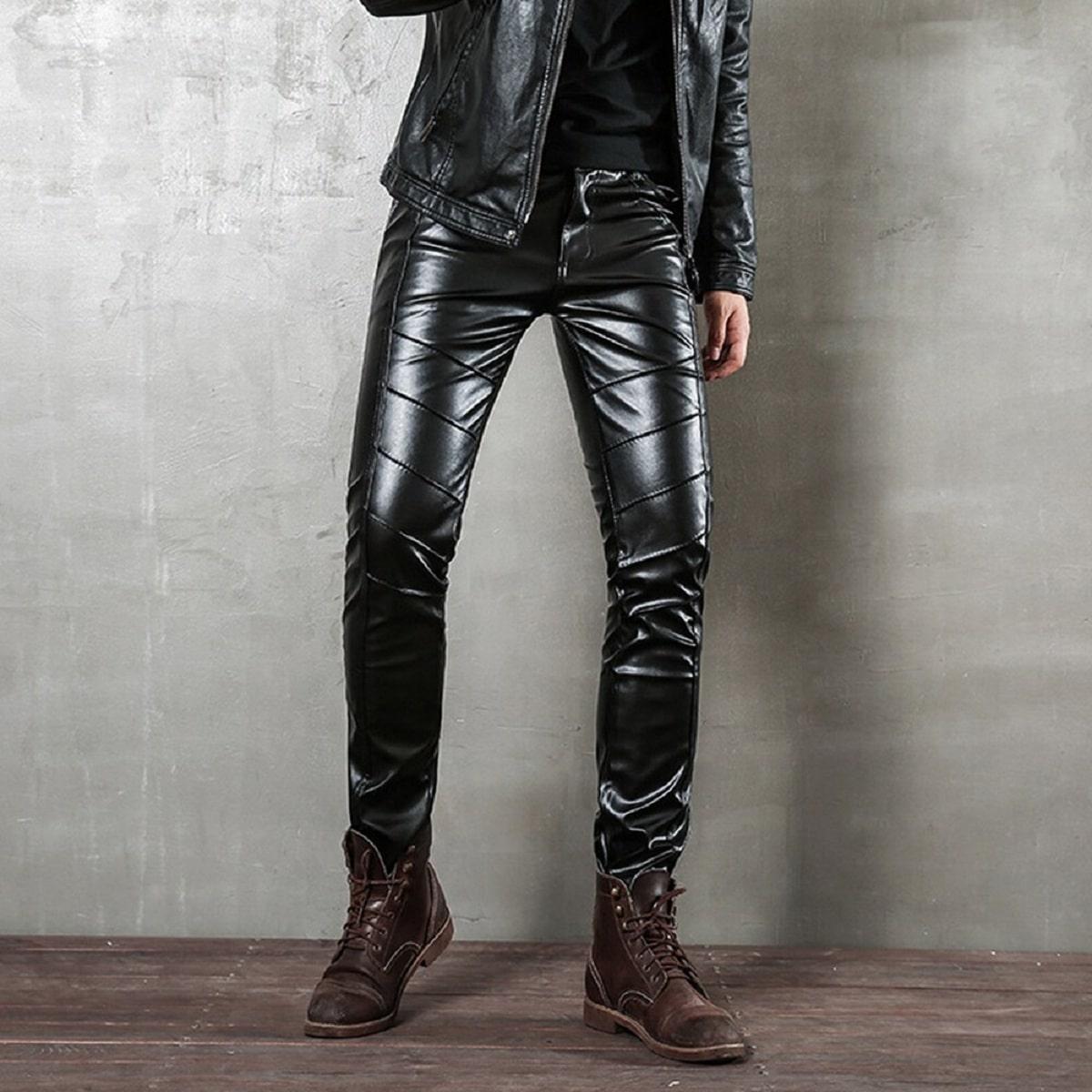 pantalones de cuero para hombres modernos