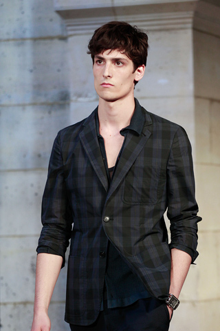 Hermes_2012_mens_hairstyle_trends_www_izandrew_blogspot_com_izandrew_1